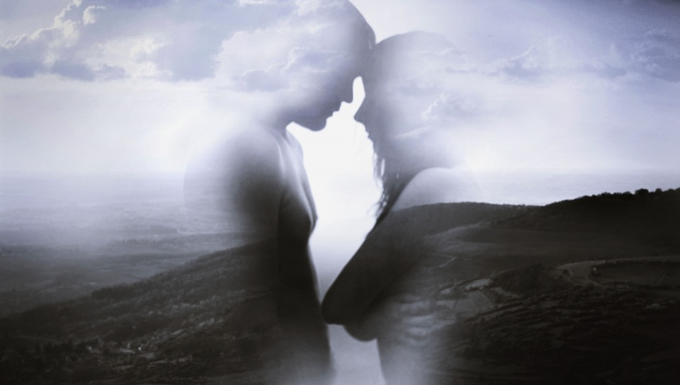 Restare insieme o lasciarsi?  Se la coppia arriva ad un bivio